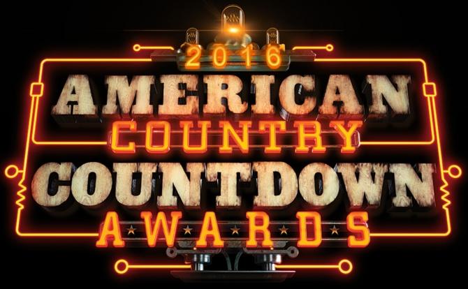 Luke Bryan y Carrie Underwood triunfan en los ACC 2016