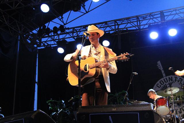 Sam Outlaw vuelve a traer su música a España