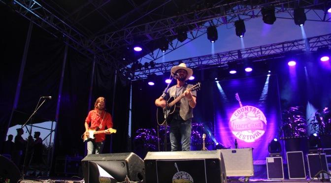 Álbum de la primera noche del Huercasa Country Festival 2016