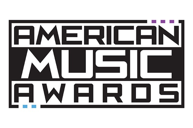 Carrie Underwood triunfa en los American Music Awards