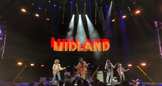 """Midland lanza """"Brindemos"""" la version en español de """"Drinkin' Problem"""""""
